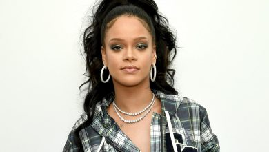 Photo of IS RIHANNA PREGNANT? TWITTER SAYS YES, AND SHE MAY BE DROPPING HINTS