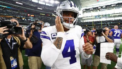 Photo of Jerry Jones says Dak Prescott's contract extension is 'imminent' after Cowboys quarterback torches Giants